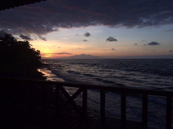 Kebun Impian: Sunrise view of Gunung Rinjani on Lombok.