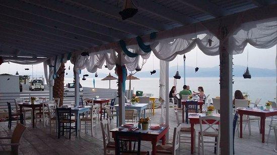 Kato Diminio, Griechenland: Μια ανάσα από την θάλασσα