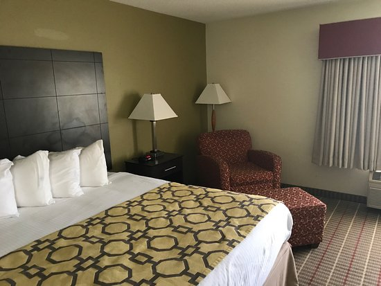 Baymont Inn & Suites Evansville North/Haubstadt : photo0.jpg