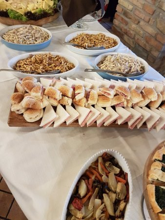 Monguzzo, Italia: Buffet
