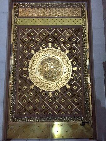 Al-Masjid an-Nabawi door of masjid & door of masjid - Picture of Al-Masjid an-Nabawi Medina - TripAdvisor