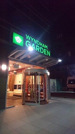 Wyndham Garden Long Island City Photo