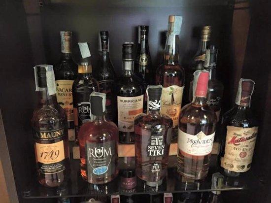 Borgo a Buggiano, Italia: Ampia selezione di Rum