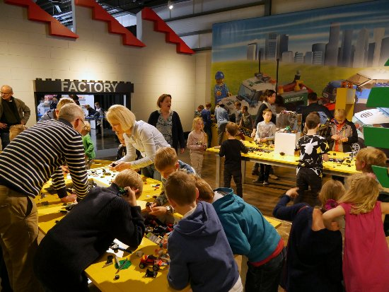 Kerkrade, Holandia: Veel ontdekstations in World of Bricks!