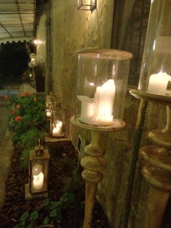 Montegufoni, Italia: esterno ristorante