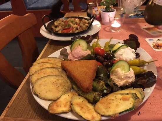 Herzogenaurach, Tyskland: Look at this meal they made me.. 100% delicious