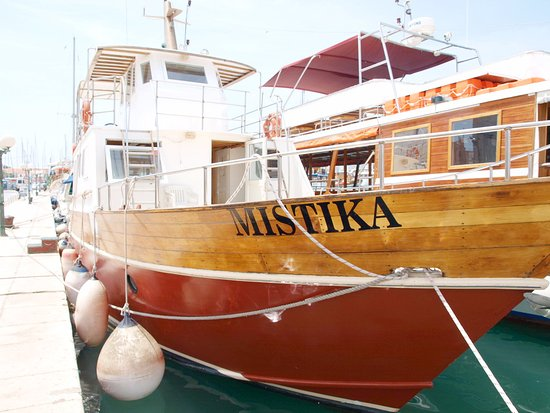 Mistika Three Island Tour