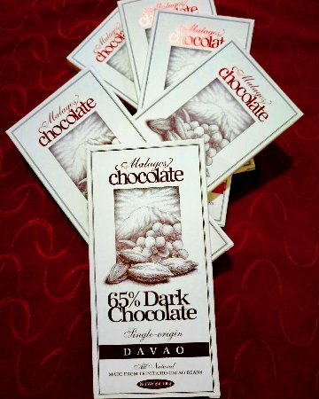 Malagos Garden Resort: Boyfie and I shared these chocolates on my birthday. You know what happened next 😉  We fell asl