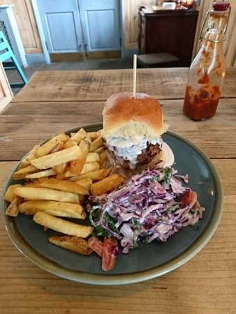 Tighnabruaich, UK: Lamb burger