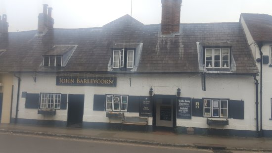 Goring-on Thames, UK: The John Barleycorn Inn @ Goring, very charming!