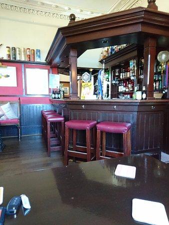 Kilfinan, UK: bar