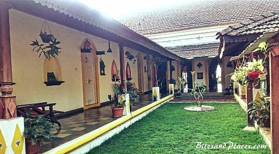Curtorim, Indie: Courtyard