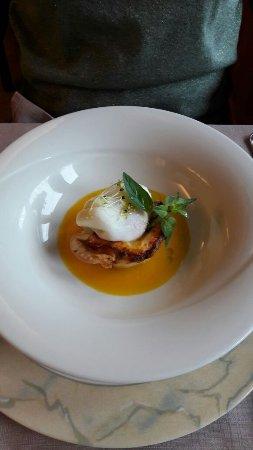Crodo, Italia: uovo pochè