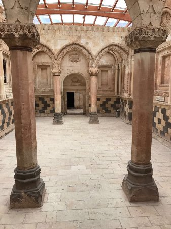 Ishak Pasha Palace: IMG-20170508-WA0137_large.jpg