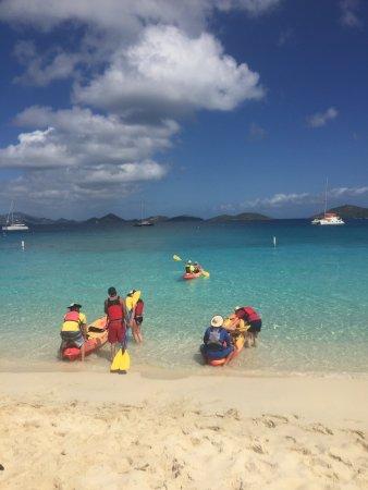 Virgin Islands Ecotours: Leaving Honeymoon beach.