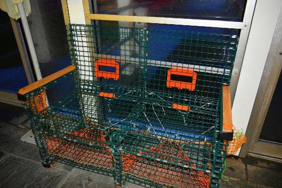 Lobster roll portland oregon lobster house for Ringside fish house menu