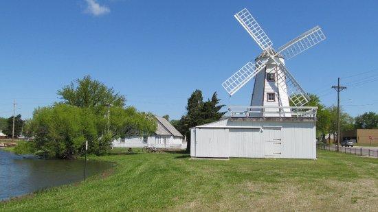 Hillsboro, KS: Friesen Dutch gristmill.