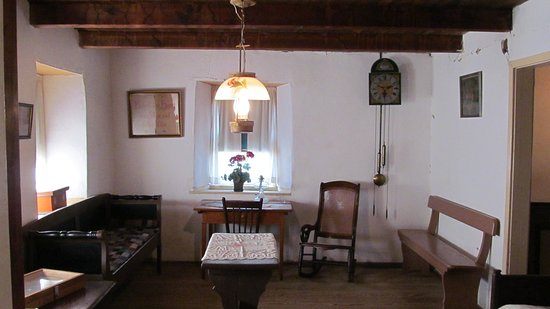 Hillsboro, KS: The Great Room (Grote Shtov in Low German) in the Pioneer Adobe House