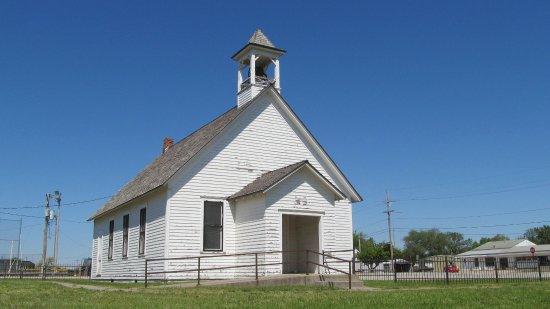 Hillsboro, KS: Kreutziger one-room school house.