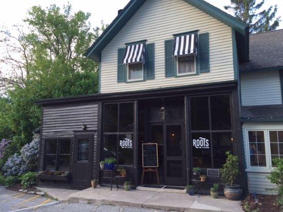 Roots Inn & Kitchen Photo