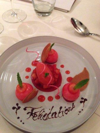 Monswiller, Francia: fraises de carpentras