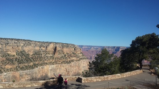 Kachina Lodge: The view from the room window of the Grand Canyon.