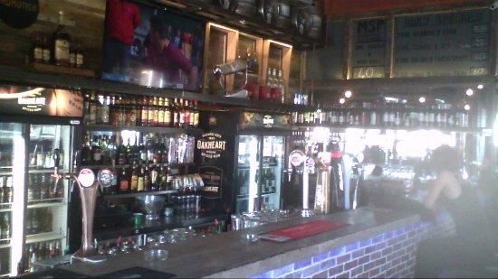 Kraaifontein, South Africa: Bar Area - Smoking