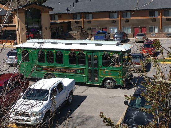 Deadwood Gulch Resort: Trolley service available from City of Deadwood.
