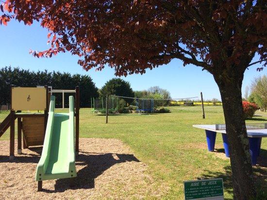 Avanton, France: Aire de jeux pour enfants du Camping du Futur