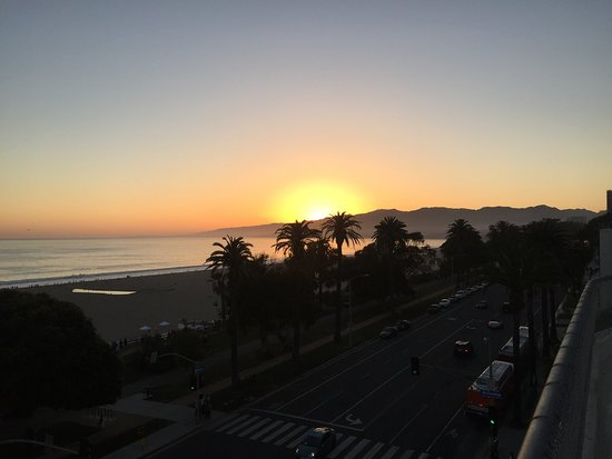 Hotel Shangri-La Santa Monica: photo0.jpg