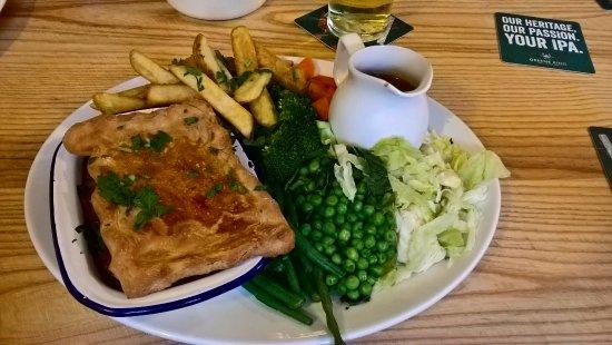 Fishermans Return: Boozie Beef Pie