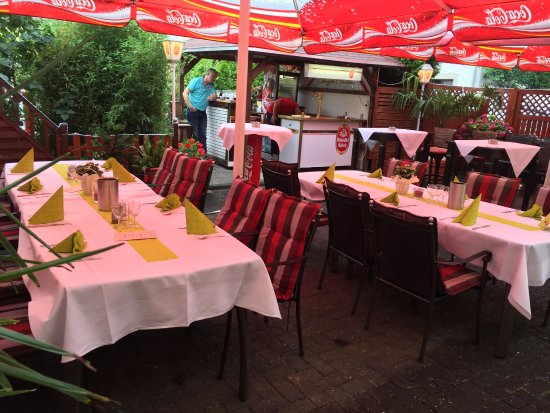 Troisdorf, Γερμανία: Biergarten/ Terrasse