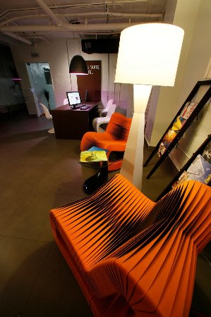 Nassau Suite Hotel: Business Center