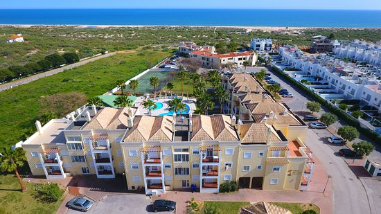 Praia da Lota Resort Apartments