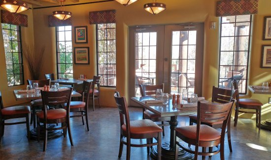Gateway, CO: Dining room - there are also booths