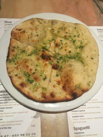 Da Vinci Restaurant : Garlic Bread