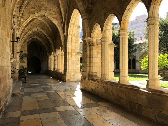 Cathedral Santander: Desde el Claustro.