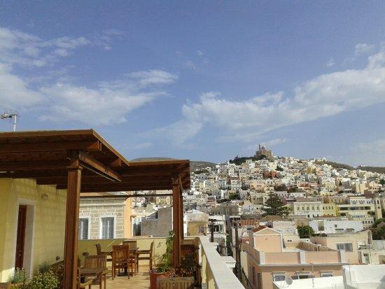 Aegli Hotel: Θέα από το roof Garden