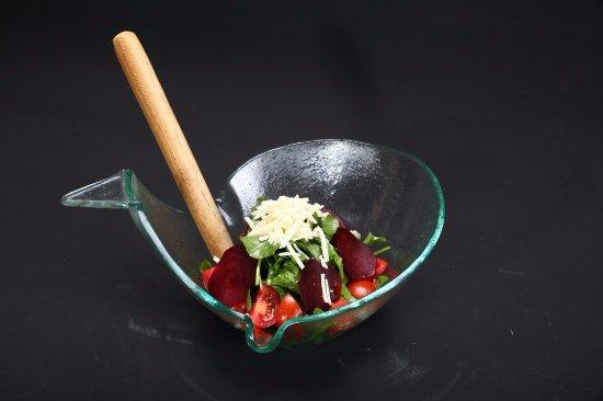 Turuncu Cafe Pub : Roka Salata
