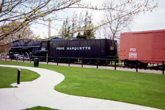 Grand Haven, MI: Pere Marquette 1223 Steam Locomotive & Coal Tender