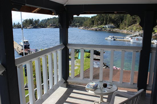 Lund, Kanada: private deck for room 216