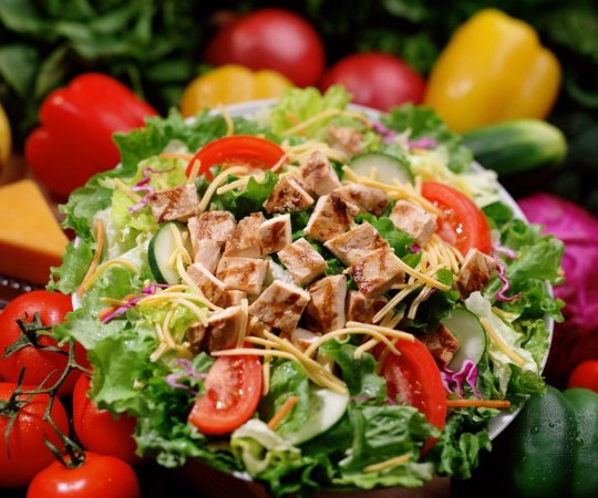 Athens, Алабама: Our chicken chef salad is hearty enough for a meal.