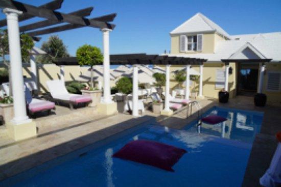 Birkenhead House: Main Pool Area