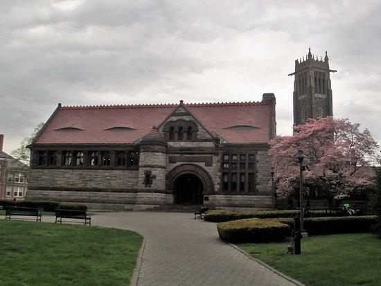 Quincy, MA: Thomas Crane Library's original building