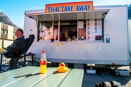 Out side seating or take away foto van anchalee 39 s thai for Anchalee thai cuisine