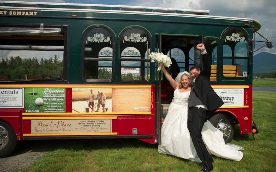Wolfeboro, Nueva Hampshire: Let Molly get you to your special event.