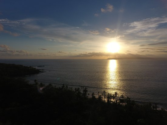 Pavones, Costa Rica: Sunset over Rancho Cannatella Beach