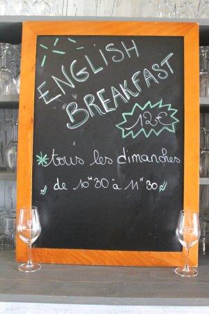 Monteton, France:  English breakfast tous les dimanches de 10h30 a 11h30
