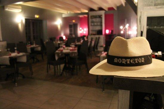 Monteton, France: La salle