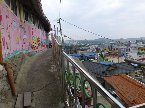 Sinsedong Byeokhwa Maeul